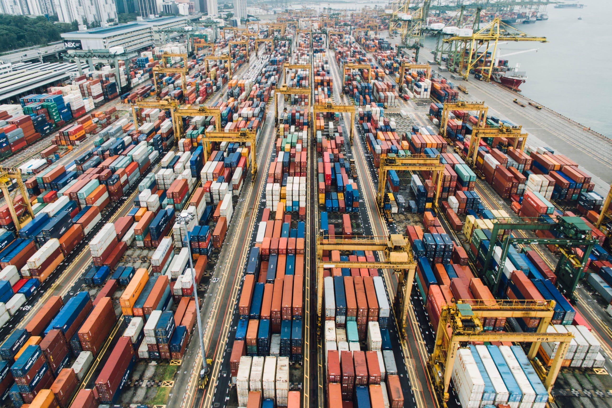 物流とは?輸送費や倉庫の費用、運送や保管・梱包作業のコスト削減、国際物流や運送会社の比較まで