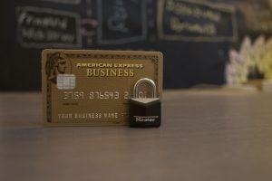 加盟店交渉で安くなる?クレジットカードの支払い手数料を削減する2つのアプローチ