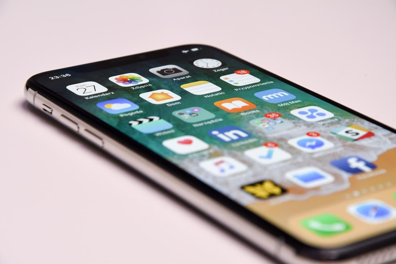 法人携帯のコスト削減とは?MVNOの契約比較、値下げの方法までわかりやすく